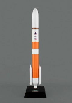Delta Iv Rocket Medium Scale 1:100 E80100
