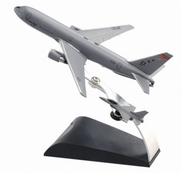 USAF KC-46A + F-16C  DRW-56340 Scale 1:400