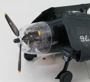 F6F-5N Hellcat Maj. Bruce Porter, C.O., VMF (N)-542, Yontan Airfield, Okinawa, May 1945 HA0304 Hobby Master Scale 1:32 (