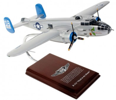 "B-25 ""Maid in the Shade"" Executive Series Crafted SE0055W Scale 1:41"