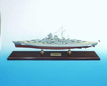 German Navy Battleship Bismarck  1:350 Scale