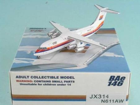 1/400 UNITED EXPRESS BAE 146-300 (RED/BLUE/ORANGE) ~ N611AW
