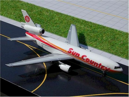 Sale! Sun Country DC-10-15 reg# N154SY Gemini Jets GJSCX240 Scale 1:400
