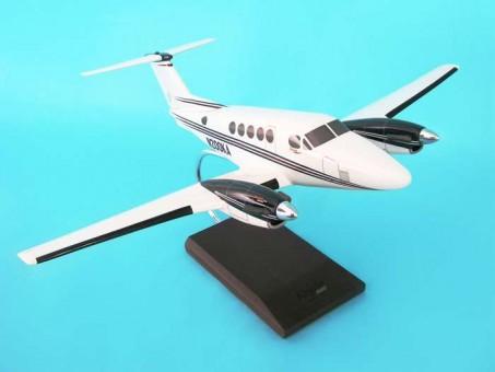 B200 Super King Air  1:32