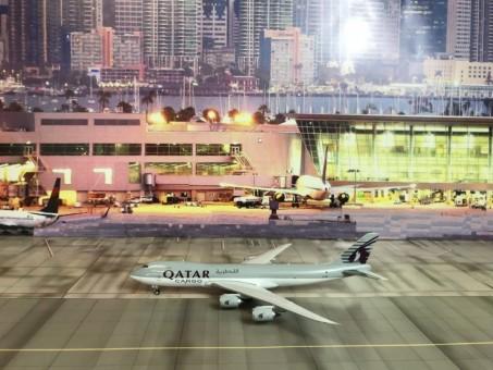 Qatar Cargo Boeing 747-8F registration A7-BGB Phoenix 04159 Scale 1:400