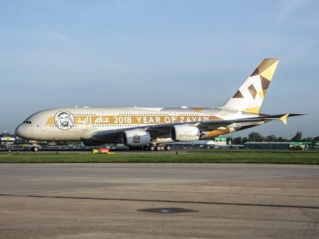 Etihad Airbus A380 Year of Zayed A6-APH Phoenix 04227 die-cast scale 1400