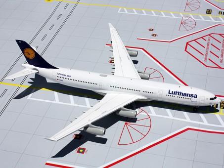 New Mould! Lufthansa Airbus A340-300 Reg# D-AIFC 1:200