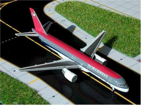 Northwest Airlines (USA) B757-200 Scale Gemini Jets GJNWA224 1:400
