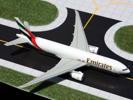 die-cast 1:400 GJUAE1286 1-400 Emirates Skycargo 777F A6-EFF