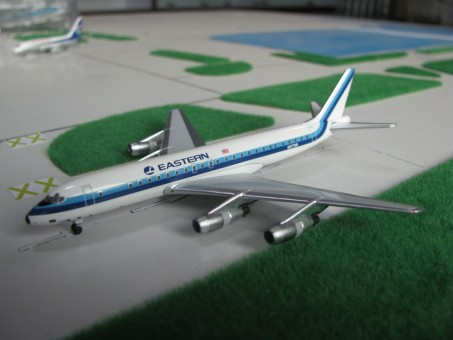 Eastern Airlines DC-8-51 N8779R Scale 1:400