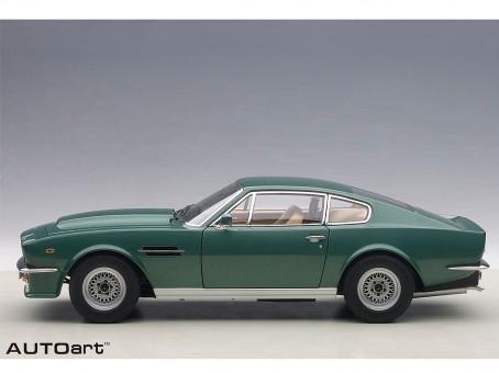 Green Aston Martin V8 Vantage 1985 Die-Cast AUTOart 70224 Scale 1:18