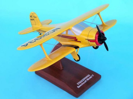 G-17 Staggerwing 1:32