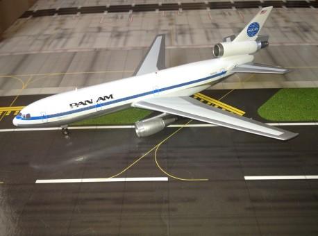 AV2PAA002 Pan American Airways (USA) DC-10 Scale 1/200
