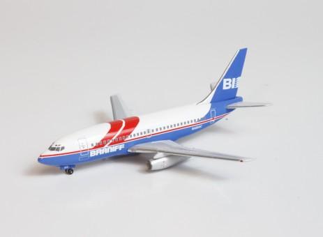 Braniff Boeing 737-200 N465AC Aero Classics AC19625 scale 1:400