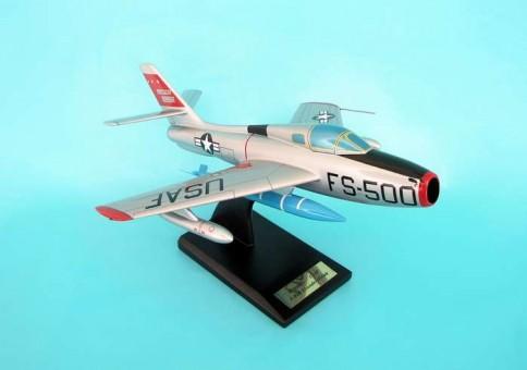 F-84F Thunderstreak ESAF015 by Executive Series Scale 1:32
