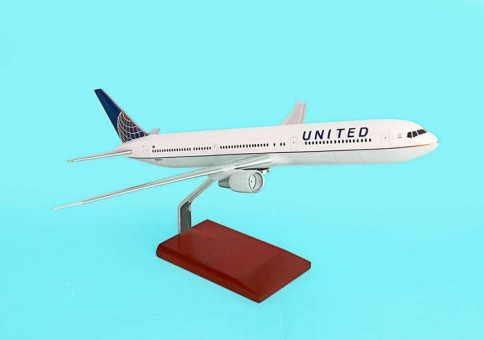 United 767-400 Post Continental Merger Livery G36010 Scale 1:100
