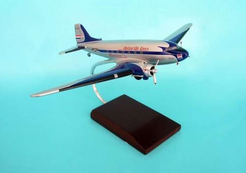 United DC-3