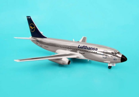 "Lufthansa B737-200 ""Polished"" Blue Box 1:200"