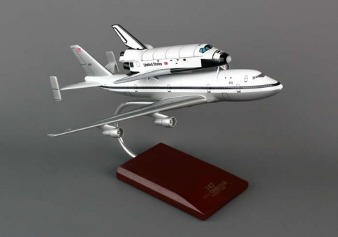 Executive Series Endeavor B-747 With Shuttle E80200 Scale 1:200