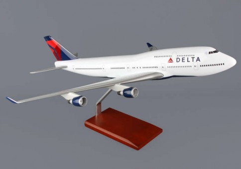 G40210 Delta Air Lines (USA) B747-400 Scale 1/100