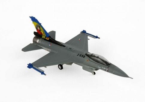 Netherlands AF F-16A Falcon 323rd Sqd Dirty Diana Hogan HG7532 scale 1:200