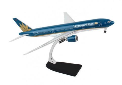 Vietnam Airlines B777-200ER Reg# VN-A143 Eagle/Phoenix 200006 Scale 1:200