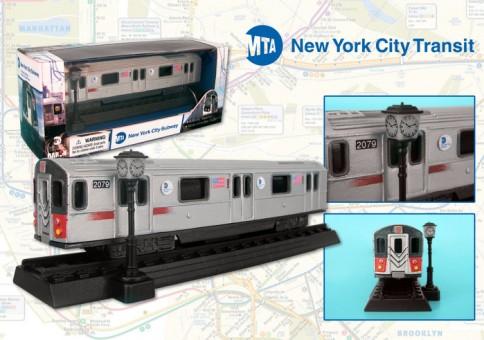 Metropolitan Transit Authority (MTA) New York City Transit Diecast Subway Car RT8555