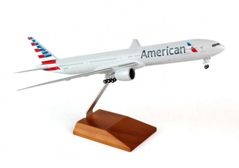 American 777-300 W/Gear and wood stand SKR5041 1:200