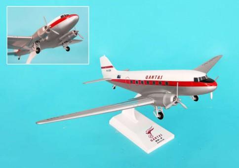 Skymarks Qantas DC-3