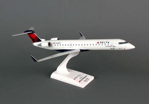 Skymarks Delta Connection CRJ700 Expressjet 1:100