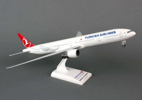 Skymarks Highly detailed Snap Fit Model Turkish Airlines 777-300ER w/gears by Skymarks SKR740  Item: SKR740  1:200 Scale