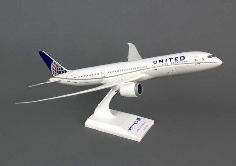 United 787-9 by Skymarks SKR810 1:200