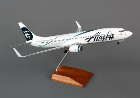 "Alaska 737-800 ""Employee Powered"" w/ Gear and Wood Stand Skymark SKR8246 Scale 1:100"