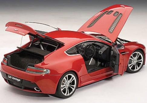 Aston Martin V12 Vantage 2010 Red 70208 AUTOart Die-Cast 1:18
