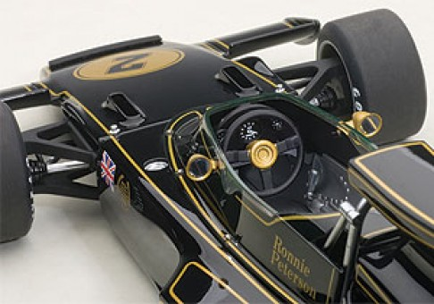 Lotus 72E 1973 Ronnie Peterson #2 Black Racing AUTOart 87329 Scale 1:18