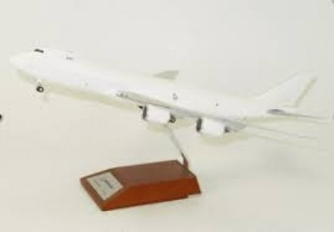 Blank Boeing 747-8F Cargo No Registration W/Stand JC Wings XX2170 Scale 1:200
