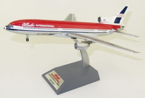"Atlantic International Lockheed L-1011 film ""Passenger 57"" with stand InFlight B-1011-P57001 scale 1:200"