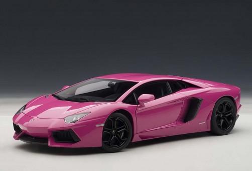 Lamborghini Aventador LP700-4, 74660 Pink/Black 1:18