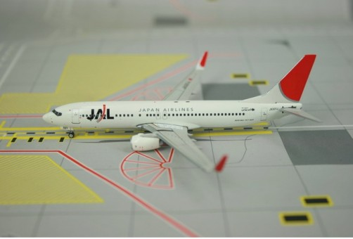 "Sale! JAL B737-800 ""Red Tail"" JA321J Phoenix 10605 1:400"