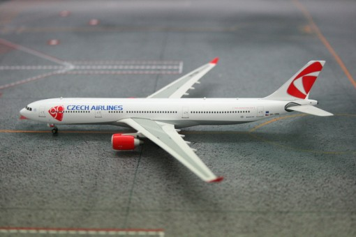 SALE! CSA Czech Airbus A330-300 OK-YBA Phoenix 10849 Scale 1:400