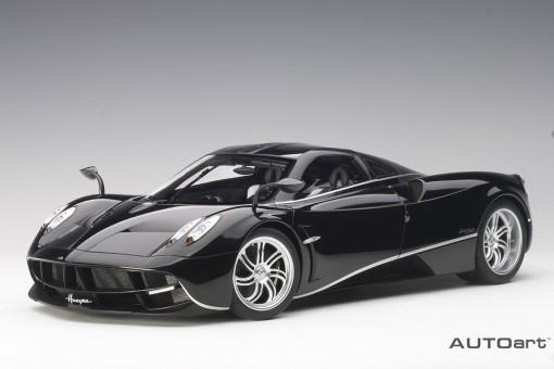 Black gloss & silver stripes Pagani Huayra AUTOart 12233 scale 1:12
