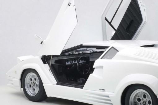 25th Anniversary Lamborghini Countach White AUTOart 74537 Die-Cast Scale 1:18