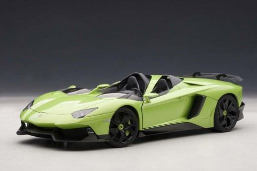 Green Lamborghini Aventador J AUTOart 74677 Scale 1:18