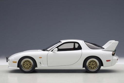 White Mazda RX-7 FD Tuned Version 75967 AUTOart Die-Cast Scale 1:18