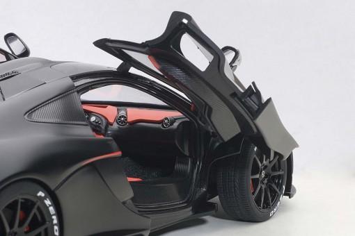 McLaren P1 Matt Black, Red Accents Composite AUTOart 76027 1:18