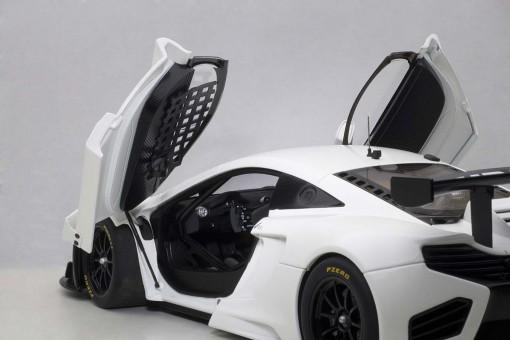 McLaren 12C GT3 (Motorsport Version) 2012 AUTOart 81341 Scale 1:18