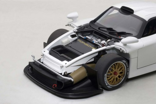 Black Porsche 911 GT1 1997 Plain Body AUTOart AU89770 Scale 1:18