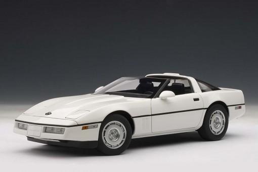 SALE! White Chevrolet Corvette 1986 71243 AUTOart scale 1:18