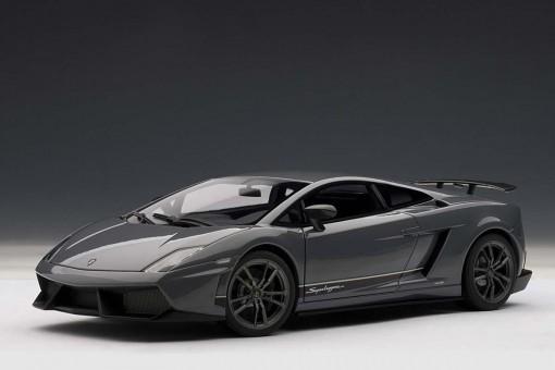 SALE! Grey Lamborghini Gallardo LP570-4 Superleggera Metallic AUTOart 74657 scale 1:18
