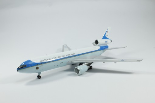 USAF DC-10  Air Force One Colors SM200